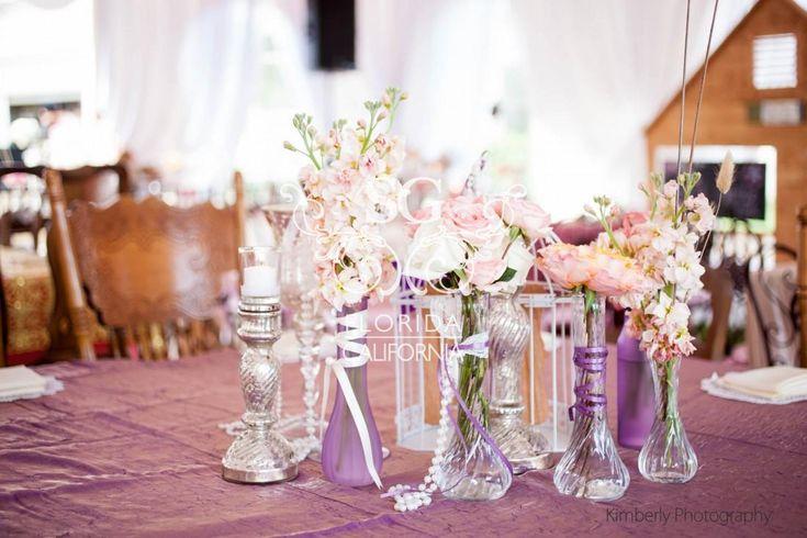 17 best images about centerpieces un veil ed mehndi for Baby shower stage decoration
