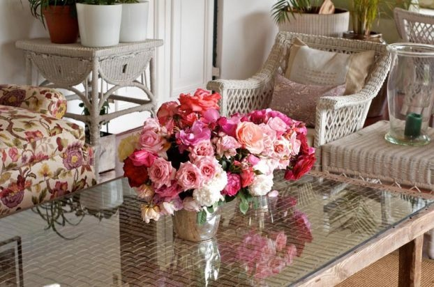 Shaded verandah with our beautiful roses on display   pic: Salvelio Meyer