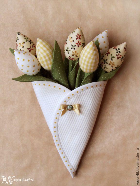 Купить Конверт с желтыми тюльпанами - желтый, тюльпаны, текстильные цветы, тюльпаны из ткани, тюльпаны тильда