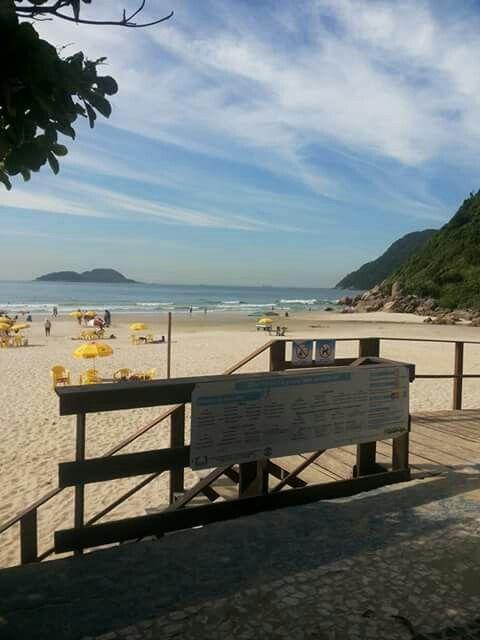 Praia do Tombo - Guaruja-SP