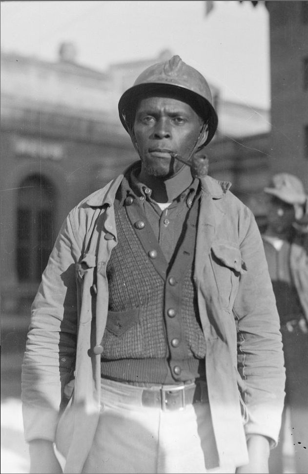 Claude Pringle, American volunteer in the Mackenzie-Papineau Battalion during the Spanish Civil