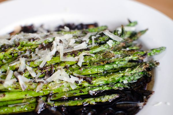 Roasted Asparagus with Balsamic Vinegar and Parmesan