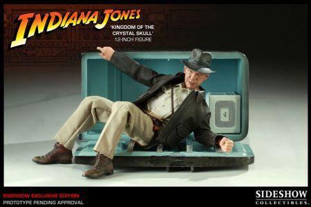 Figura Indiana Jones La Calavera de Cristal. Indiana Jones, 30 cms. Sideshow Collectibles