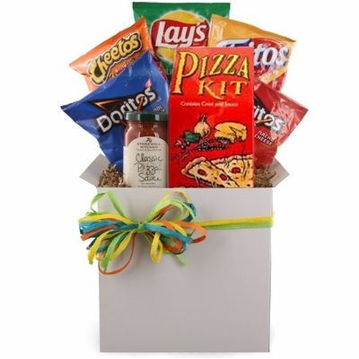 Can you really be in college without pizza? Give your college student the treats they need to succeed during finals or midterms with this Pizza and Munchies Care Package. This meal gift basket is packed with chips and a pizza making kit they won't get hungry during their late night study sessions.