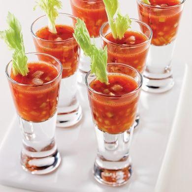 Shooters de Bloody Caesar - Recettes - Cuisine et nutrition - Pratico Pratique - Entrée - Tapas