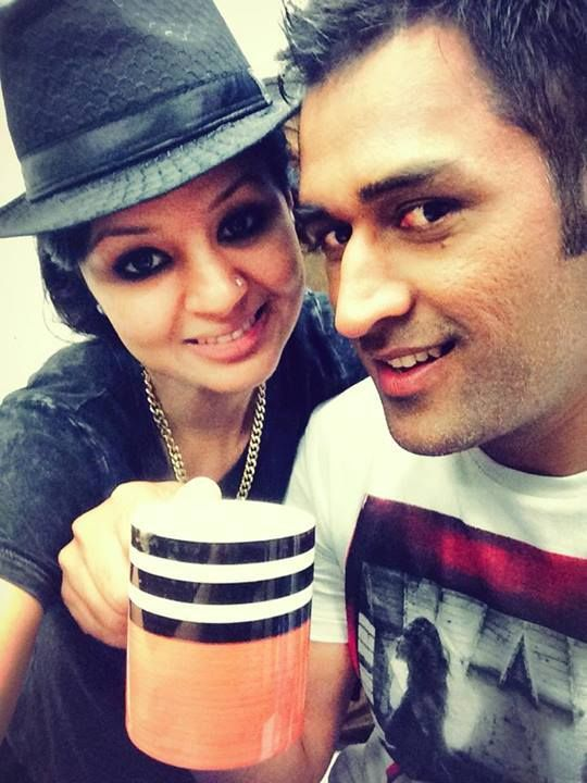 A recent click of Mr & Mrs MS #Dhoni. Like it???