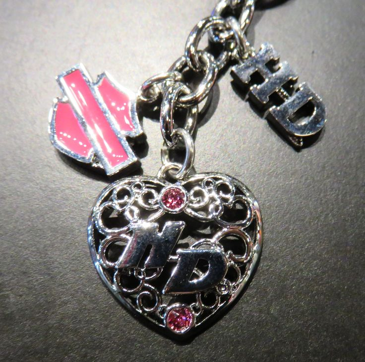 Clare's Harley-Davidson pink jewel & silver key chain Pink Label collection
