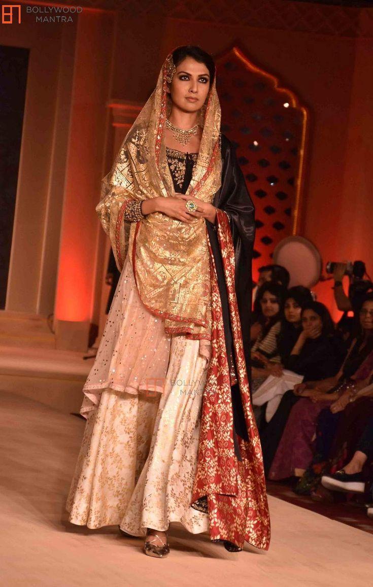 | Deepika Padukone at Anju Modi's Bajirao Mastani ...