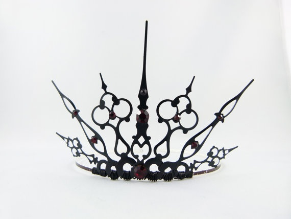 ~Red Gothique  Black Filigree Gothic Tiara  Made to by angelyques, $50.00~