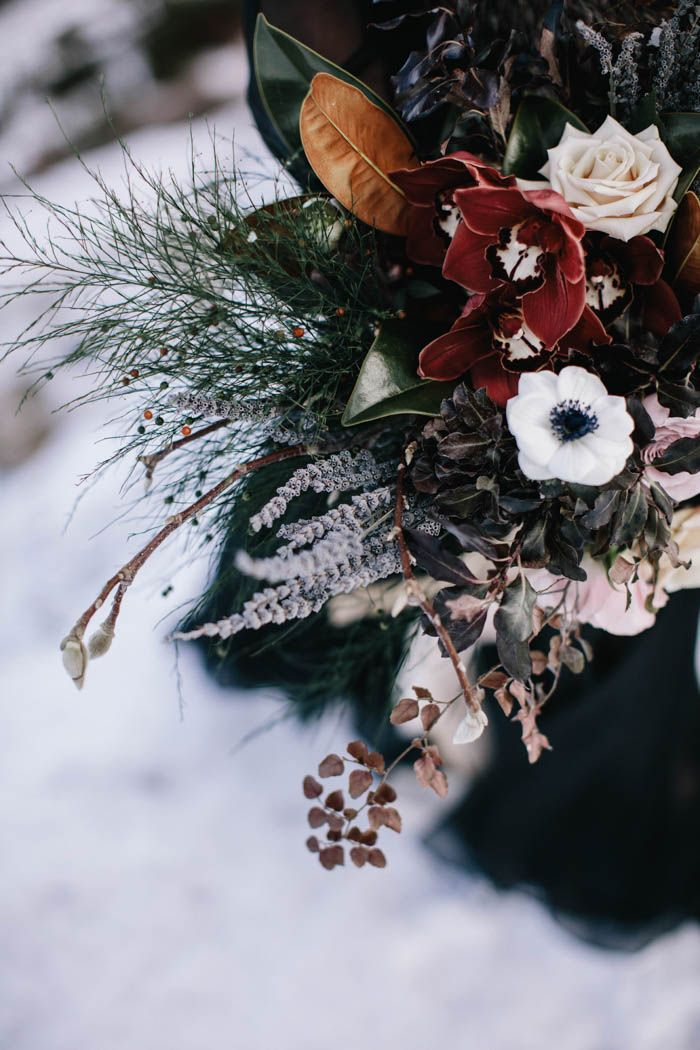 Winter wedding bouquet inspiration | Image by White Ash Photography