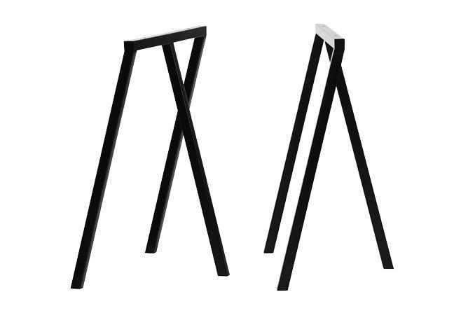 Loop Stand Frame fra HAY, enkle og elegante. Bukkene er så stringente i designet at det grafisk udtryk virkelig får lov at træde i karakter. Pris: 999,00 kr.
