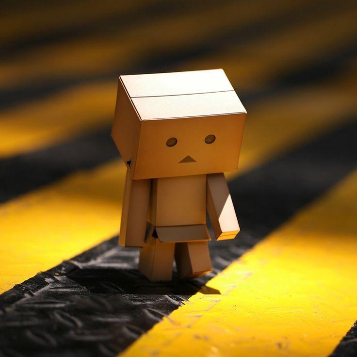 Wallpaper Cute Little Danbo Card Box Robot For IPad