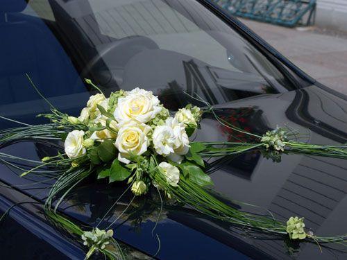 Crèmefarbener Brautstrauß mit Rosen