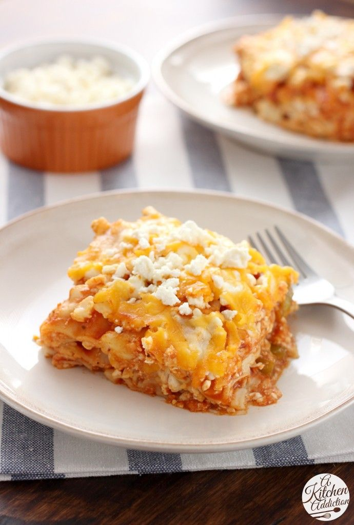 Slow Cooker Buffalo Chicken Lasagna l www.a-kitchen-addiction.com
