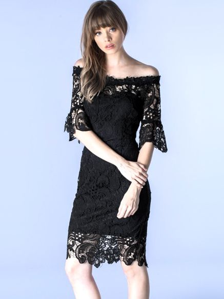 LA DIVA 黒総レース×オフショルダーが色気ある大人の余裕を感じさせる上品丈ドレス*
