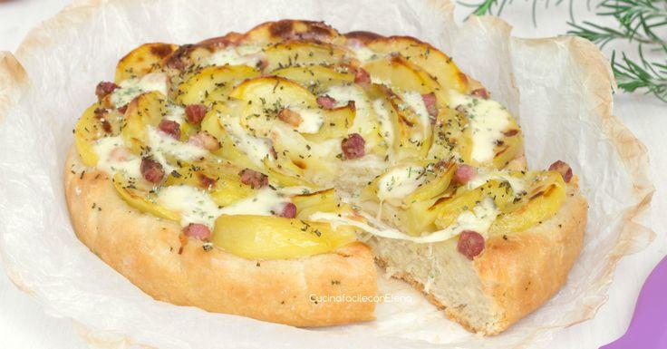 La focaccia con le patate scamorza e pancetta è una focaccia tanto gustosa e sofficissima, provatela, sarà amore al primo morso!