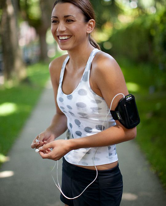 Lululemon athletic wear....I want this polka dot running top - will go with red pants