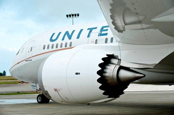 Test-Flying the Boeing 787 Dreamliner - NYTimes.com