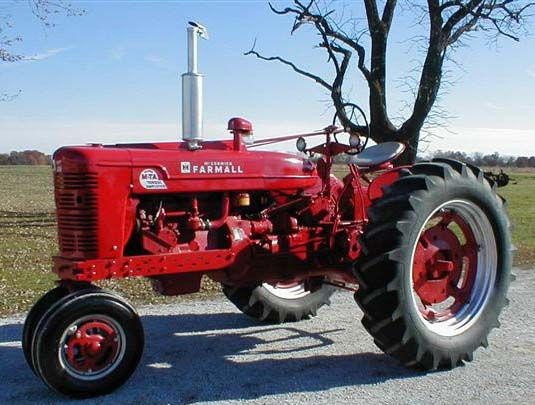 31 best tractors ih images on pinterest tractors. Black Bedroom Furniture Sets. Home Design Ideas