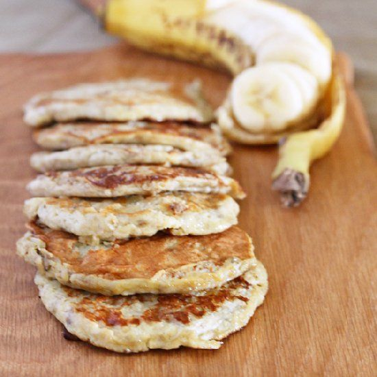 2-Ingredient Banana Pancake by justasdelish: Just banana and eggs. Gluten, Dairy & Paleo friendly. #Pancakes #Banana #GF Healthy: 2 Ingredient Banana, Recipe, 2 Ingredients, Banana Pancakes, Breakfast, Food, Bananas, Gluten Free