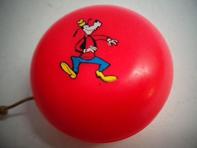 1960s 70s Goofy Walt Disney Productions Toy Yo Yo Yo Yos