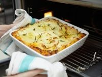 Jamie's Home Cooking Skills (Australia) - Shepherd's Pie
