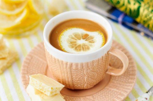 Кофе с белым шоколадом и лимоном, ссылка на рецепт - https://recase.org/kofe-s-belym-shokoladom-i-limonom/  #Вегетарианскиерецепты #Напитки #блюдо #кухня #пища #рецепты #кулинария #еда #блюда #food #cook