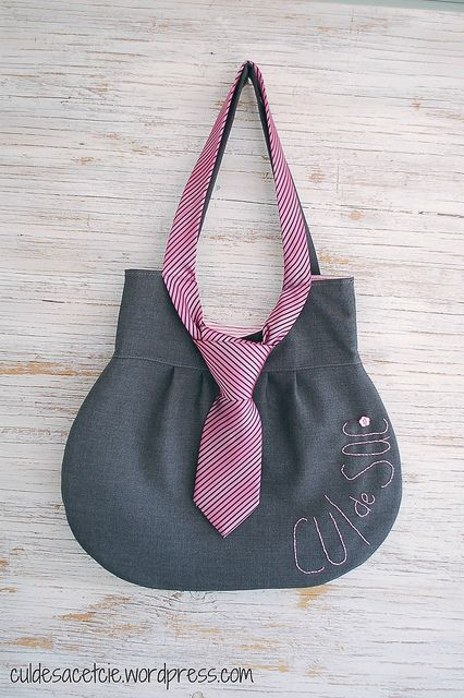 necktie bag by Bouclenoire, via Flickr