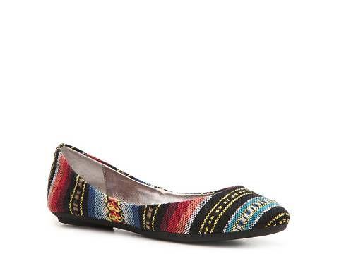 SM Women's Heaven Tribal Flat Flats Women's Shoes - DSW