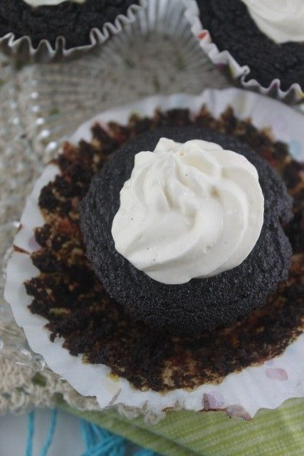 """""""Red Velvet"""" beetroot cupcakes with cream cheese yogurt frosting (Nut Free, Clean eating, Gluten Free)"""