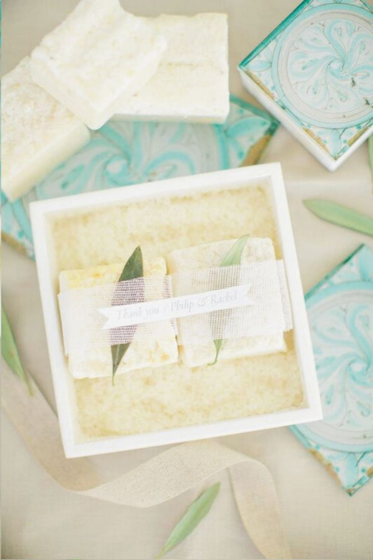 wedding giveaway gifts | wooden boxes with printed plexiglass lid, filled with rice and hand made oliveoil soap | scent of Greece | custom made events | wedding favors | designed by www.bemygeust.com.gr