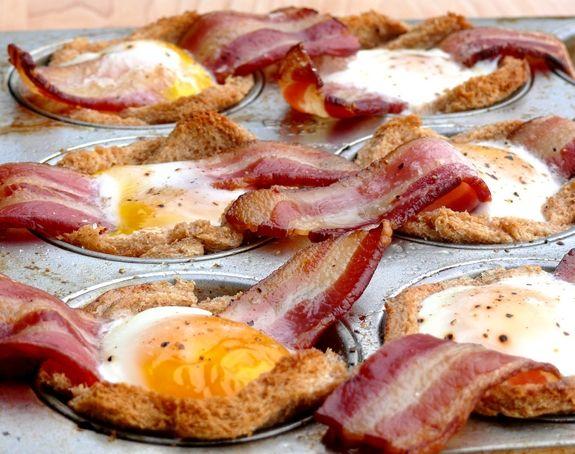 Bacon, Egg n Toast Cups: Eggtoast, Brunch Ideas, Bacon Eggs Cups, Bacon Eggs Toast Cups, Bacon Cups, Favorite Recipes, Breakfast Recipes, Great Breakfast Ideas, Bacon Eggs 038 Toast Cups