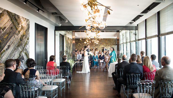 Wedding at Canoe #Restaurant #Toronto #TorontoWedding | Photo: http://www.wolfphotography.ca/