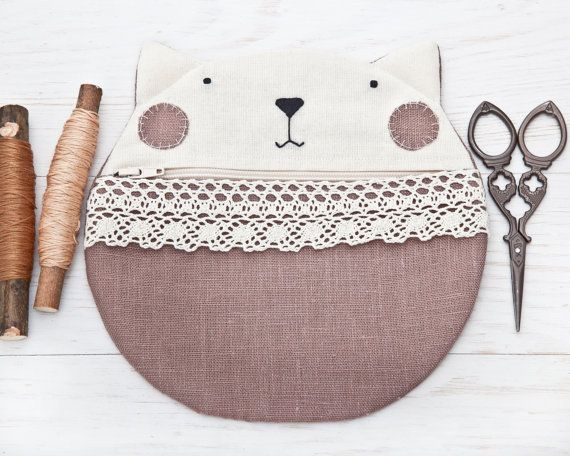 Cat Linen Cosmetics Bag Cute Gifts for Her Beige Makeup Bag Lace Zipper Pouch Cat Pencil Case Makeup Organizers Cats Travel Pouch
