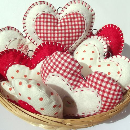gingham and polka dot hearts...too too cute!!
