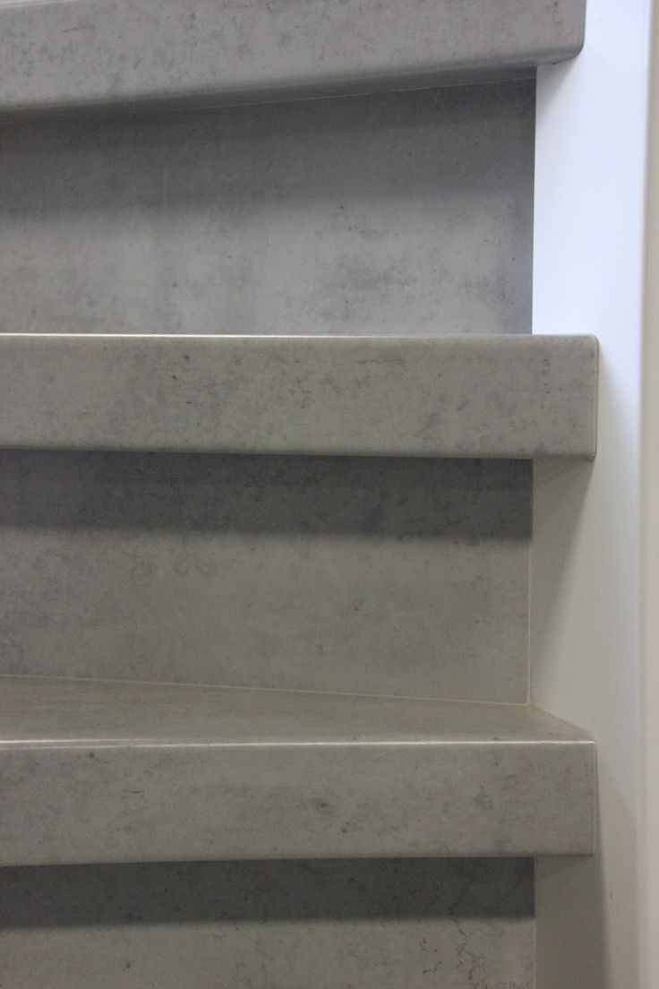 Cloudy Cement decor traprenovatie