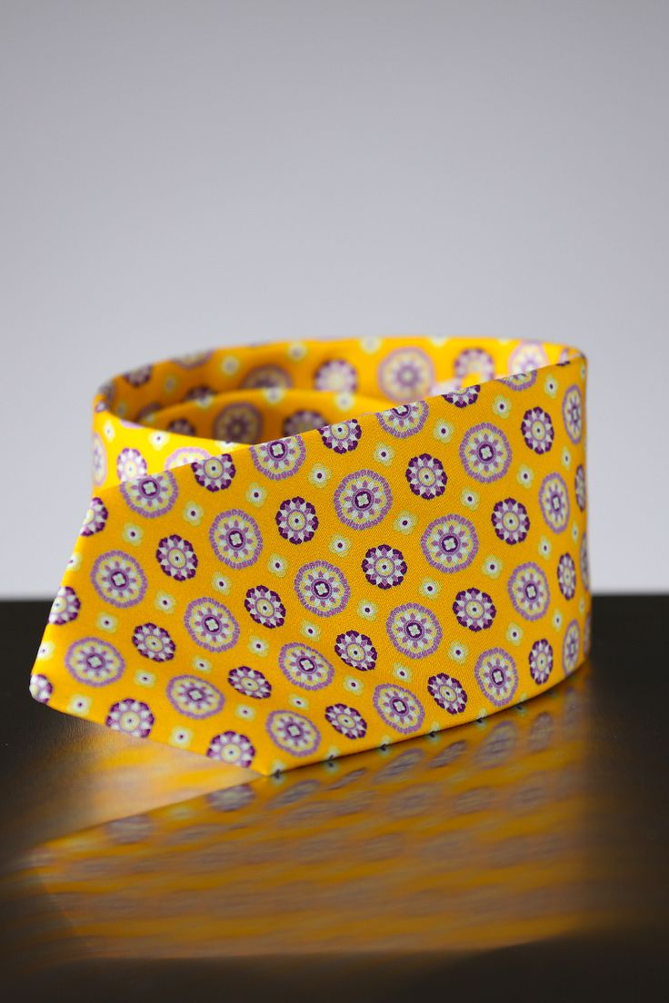 Your perfect statement for your style. Borrelli ties complete the loo
