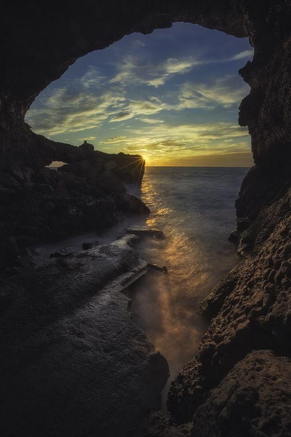 te5seract:  Lights in the Cave by Jose Antonio Hervas