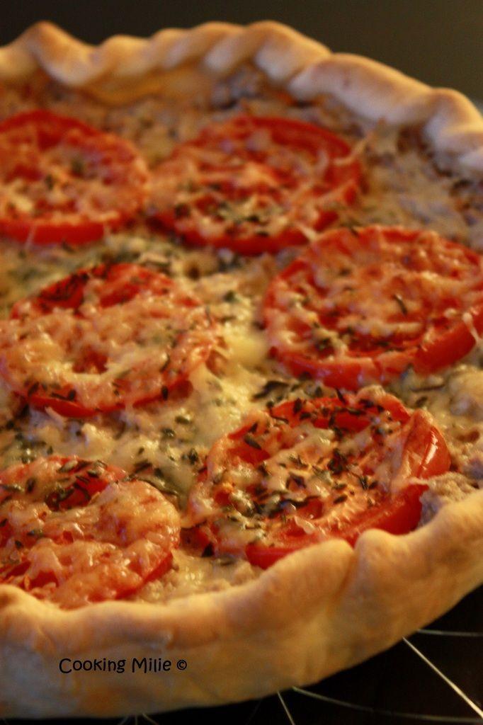 Tarte salée au thon et aux tomates