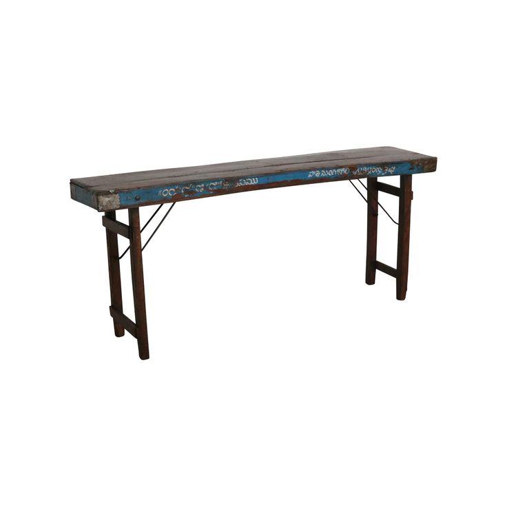 Ausklappbarer Konsolentisch aus Altholz / Foldable console table from scrap wood. Dieses Original war ursprünglich ein Markttisch und wurde an Festen wie Hochzeiten als Büffettisch eingesetzt. Die Tischplatte ist aus abgeschliffenem Altholz, die Läden auf den Seiten tragen noch ihre ursprüngliche blaue Bemalung. Die Stahlbeine sind einklappbar. AVAILABLE AT The Harrison Spirit, Morgartenstrasse 22, 8004 Zürich