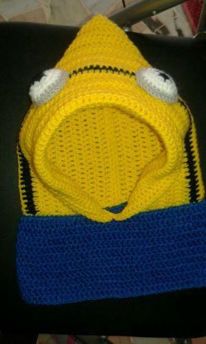 Cappuccio-scaldacollo-cappellino-berretto-bimbi-uncinetto-MINION-anche-ordini
