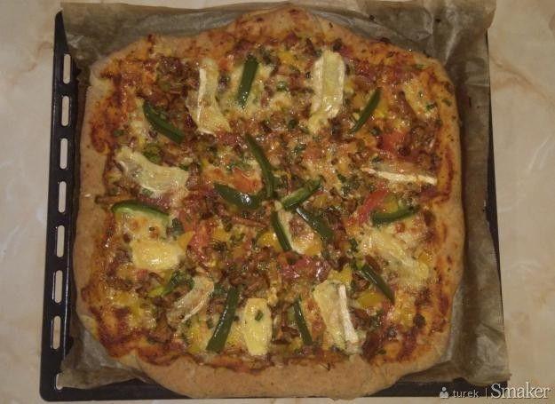 Pizza trzy sery z kurkami