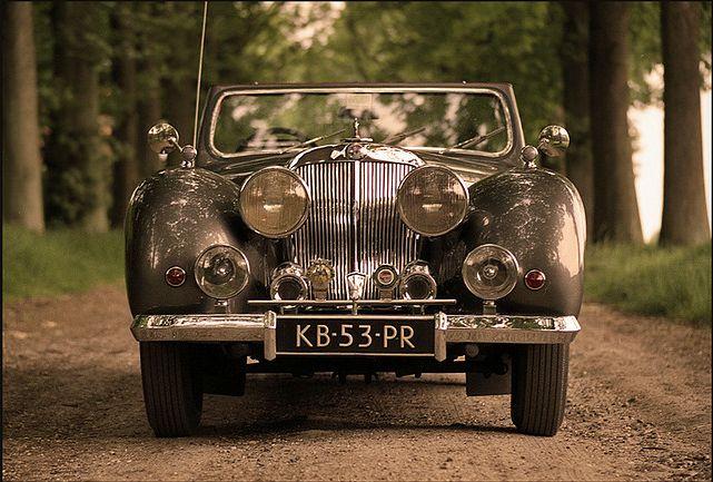 lazyaplles:    Triumph 188 Roadster 1948  by Martien