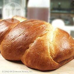 Éste es un pan trenzado, típico de las celebraciones judías, es muy fácil de preparar en una máquina de pan. ¡Animate!