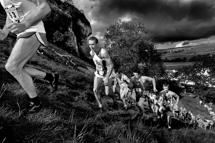 The Kilnsey Show fell race by Stephen Garnett, Adult Living the View Winner 2009  Picture: Stephen Garnett