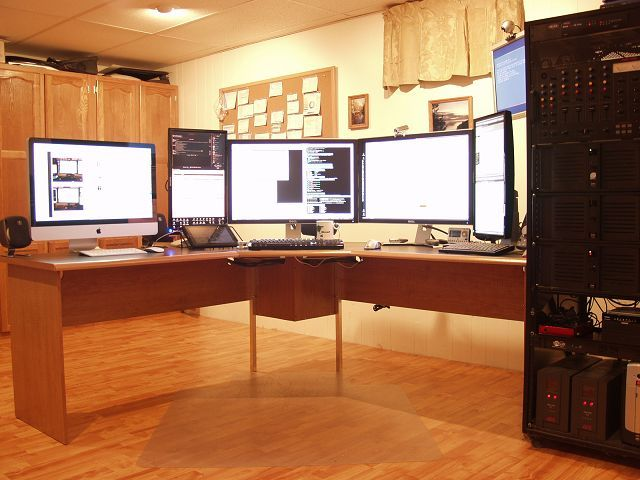 about the setup inspired partly by other great office setups including stefan didak and mitch haile software developer mike dixons basement office has basement office setup 3 primary