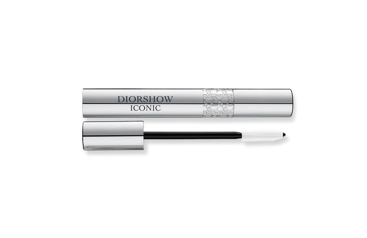 All about Diorshow Iconic and the make-up range on Dior Beauty Website