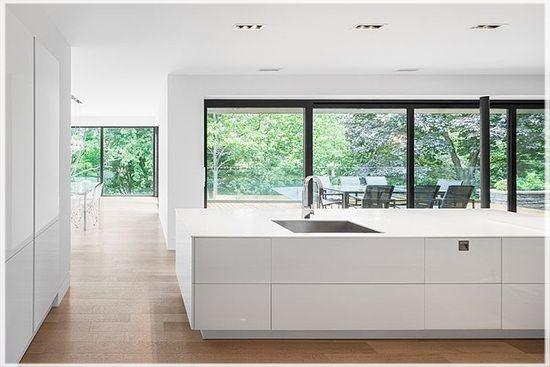 mẫu thiết kế nhà đẹp hiện đại 2 tầng ở Montral canada view 3