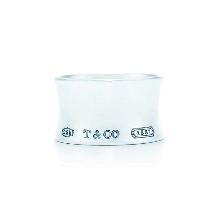 Tiffany 1837™ wide ring in sterling silver. | Tiffany & Co.