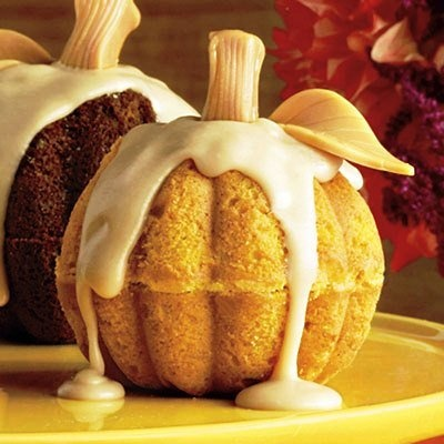 Simply Southern, Sweet, Classy and Sassy: Splurge-Worthy Thanksgiving Desserts: Holiday, Idea, Recipe, Sweet, Pumpkin Cakes, Food, Pumpkins, Mini Pumpkin